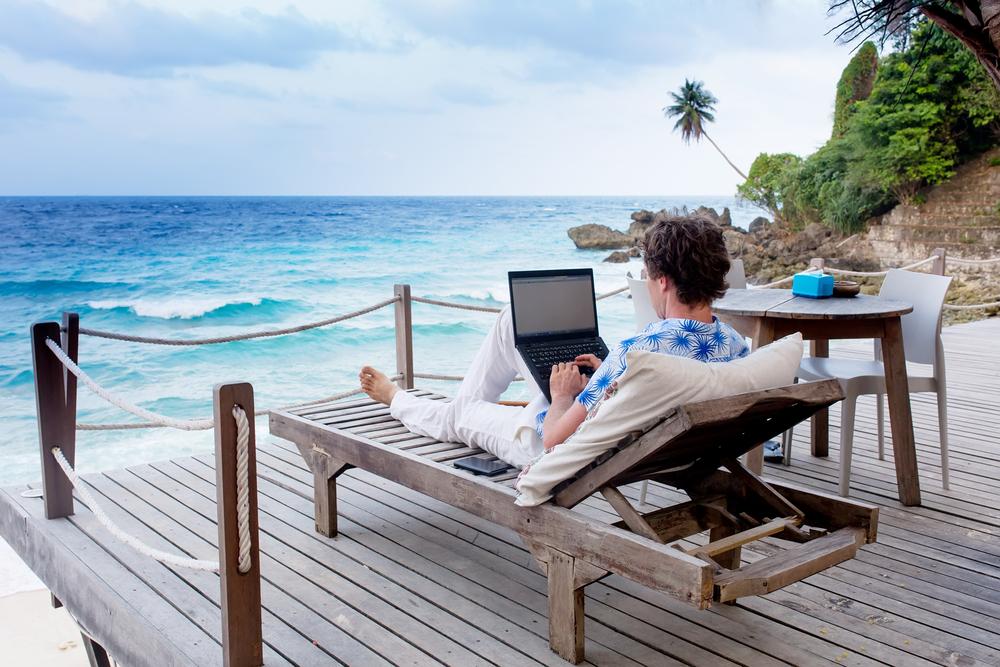 digital-nomad-apprentice-job